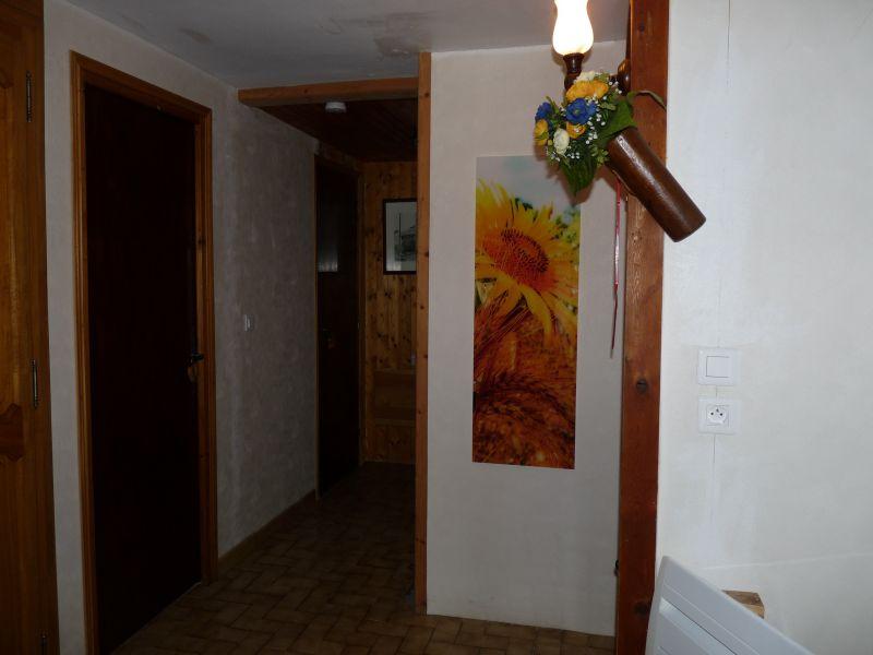 Entrata Affitto Agriturismo 71082 Embrun