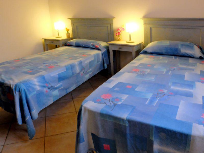 Camera 2 Affitto Villa  99078 Santa Teresa di Gallura