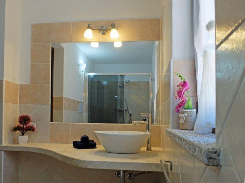 Bagno 2 Affitto Villa  99078 Santa Teresa di Gallura