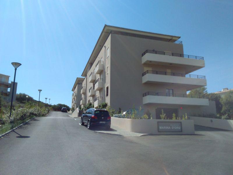 Vista esterna della casa vacanze Affitto Appartamento 100724 Propriano