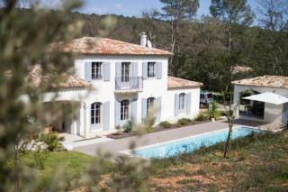 Vista esterna della casa vacanze Affitto Villa  102276 Lorgues