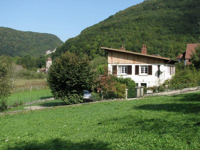 Vista esterna della casa vacanze Affitto Agriturismo 113029 Salins les Bains