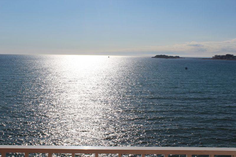 Vista dal balcone Affitto Monolocale 114751 Sanary