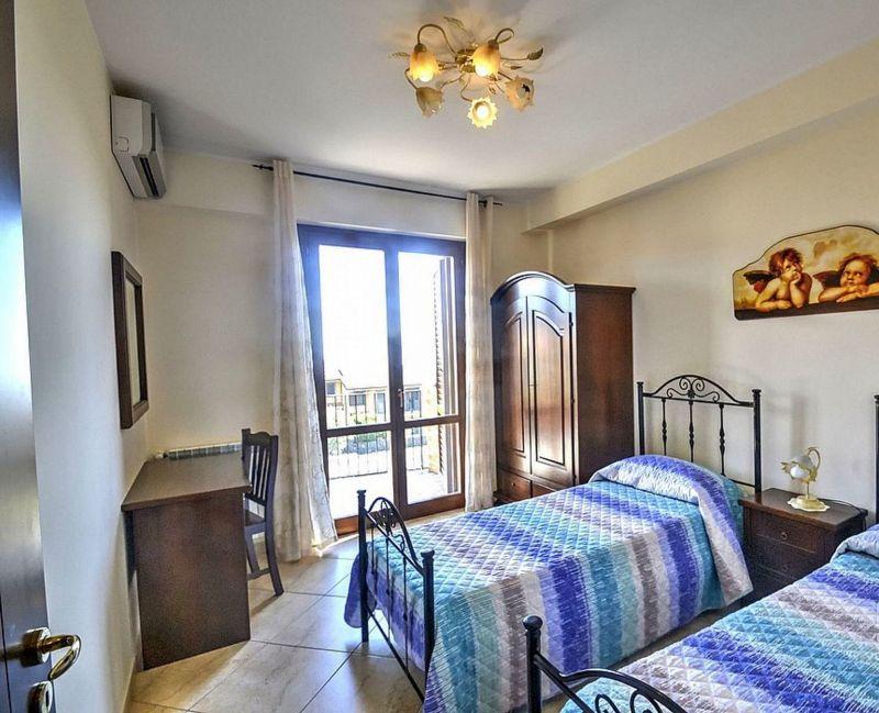 Camera 4 Affitto Villa  118677 Trecastagni