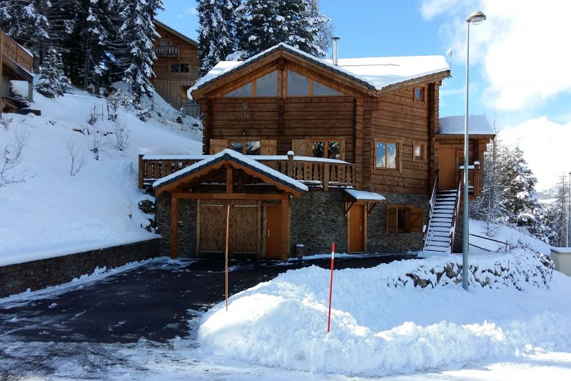 Vista esterna della casa vacanze Affitto Chalet 65858 La joue du Loup