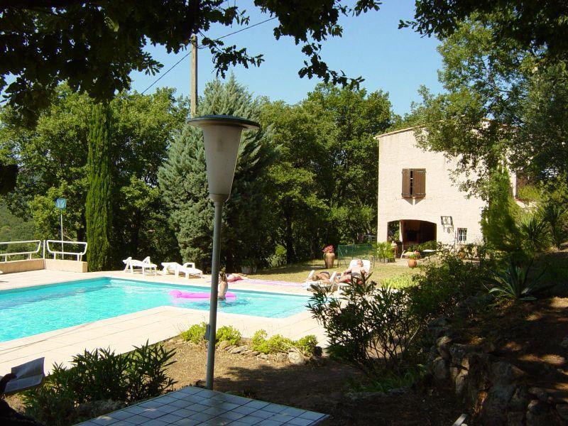 Vista esterna della casa vacanze Affitto Appartamento 74884 Fréjus