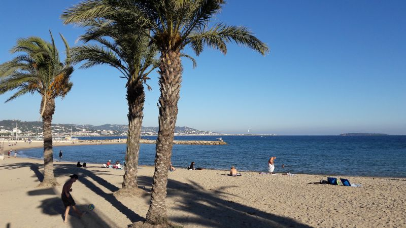 Vista nelle vicinanze Affitto Appartamento 80731 Cannes
