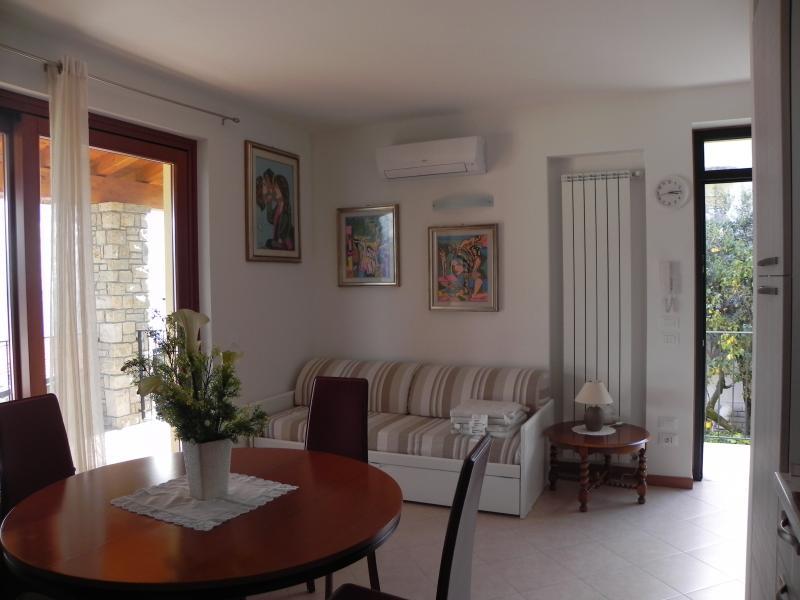 Entrata Affitto Appartamento 80837 Toscolano-Maderno