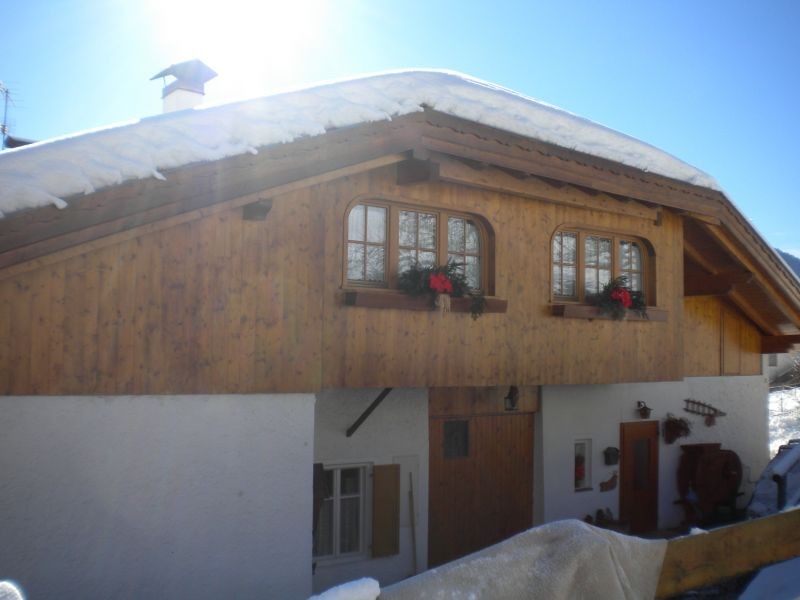 Vista esterna della casa vacanze Affitto Appartamento 91170 Val di Fiemme