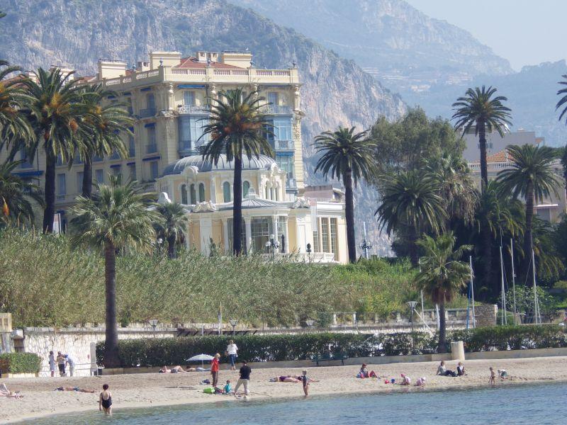 Vista nelle vicinanze Affitto Appartamento 102978 Beaulieu sur Mer