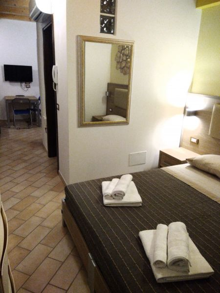 Camera Affitto Appartamento 110930 Sirolo