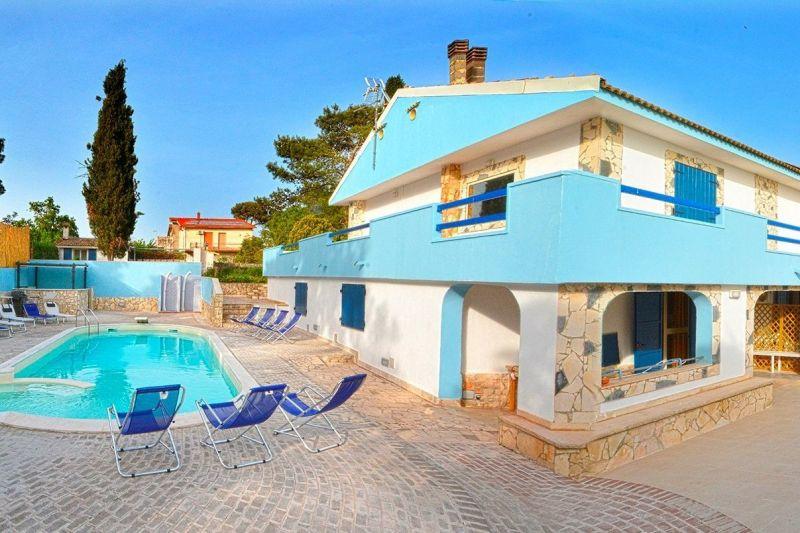 Vista esterna della casa vacanze Affitto Villa  118895 Marina di Ragusa