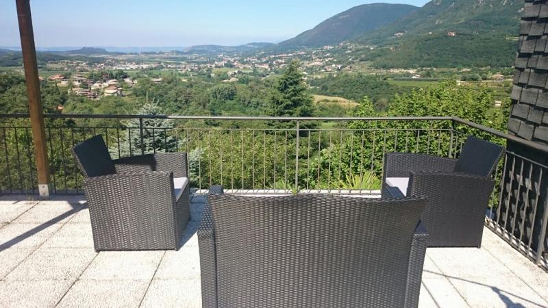 Vista dal terrazzo Affitto Appartamento 69089 Caprino Veronese