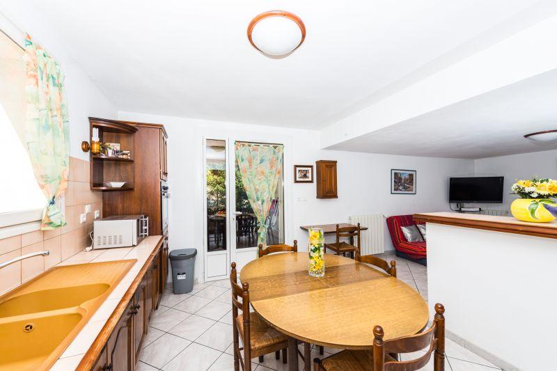 Cucina separata Affitto Villa  82021 Cassis