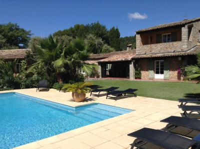 Vista esterna della casa vacanze Affitto Agriturismo 88743 La Motte