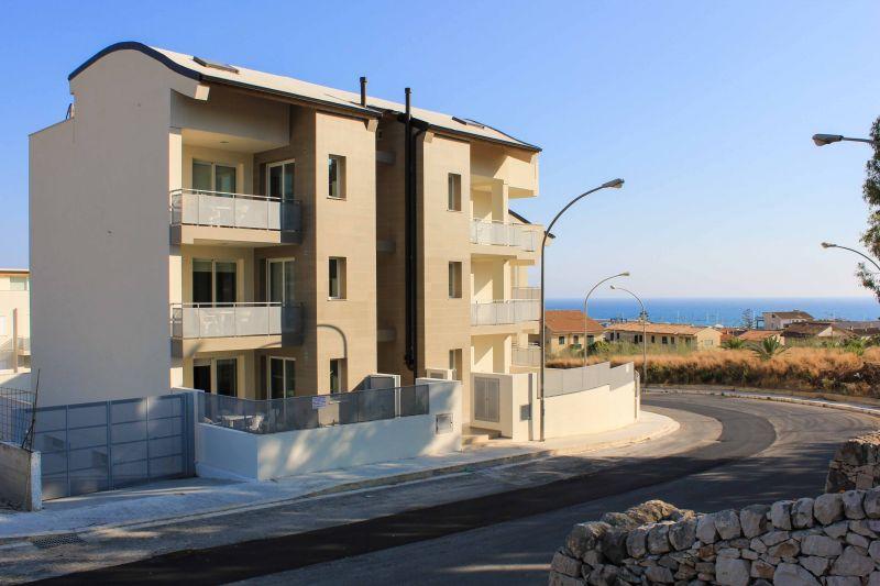 Vista esterna della casa vacanze Affitto Appartamento 92176 Marina di Ragusa