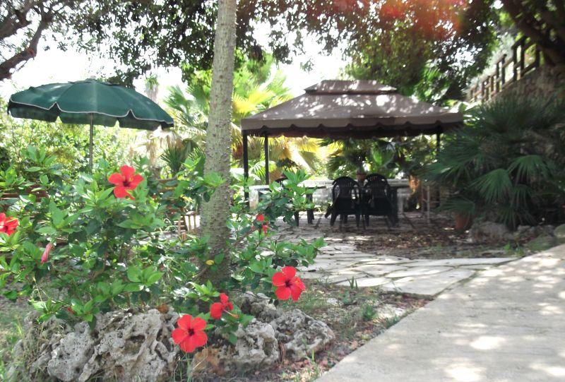 Giardino Affitto Villa  94530 Avola