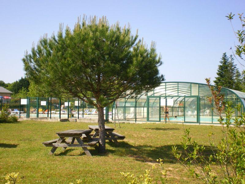 Vista nelle vicinanze Affitto Chalet 99381 Brive-la-Gaillarde